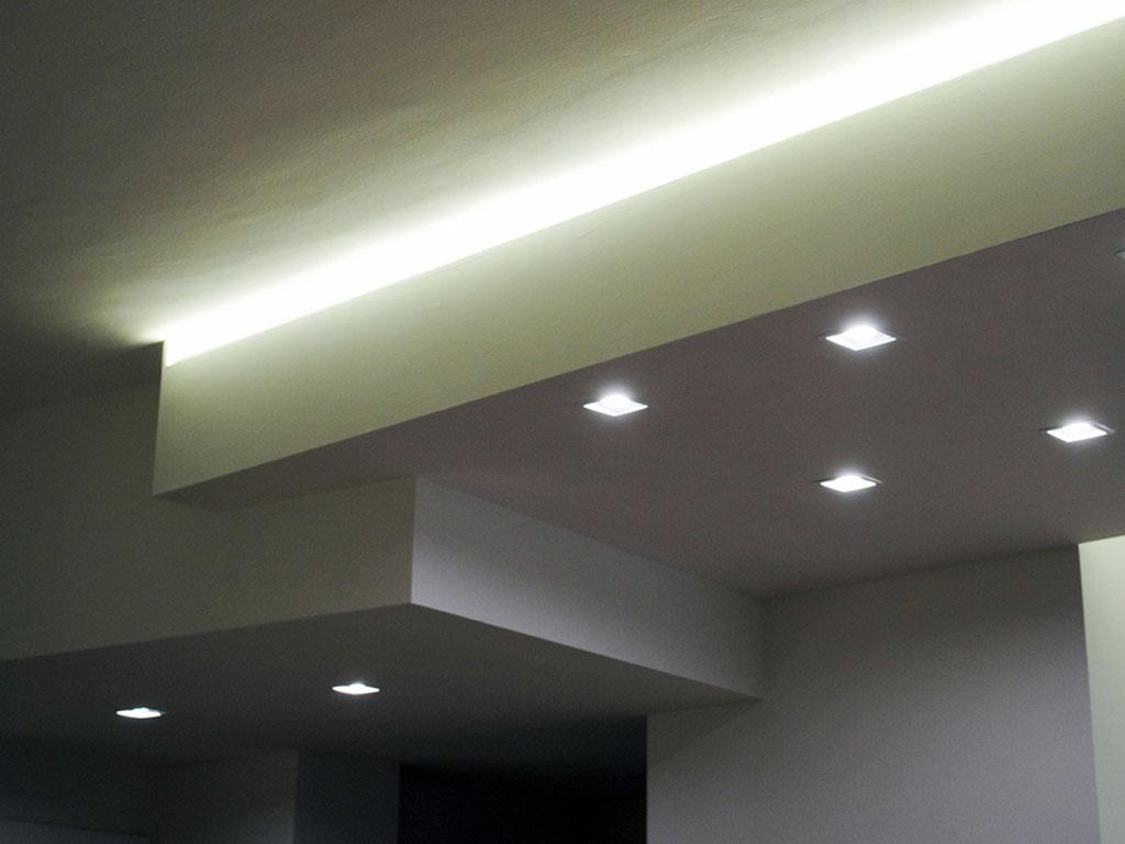 Abbassamento Soffitto Cartongesso Con Faretti ~ Ispirazione design casa